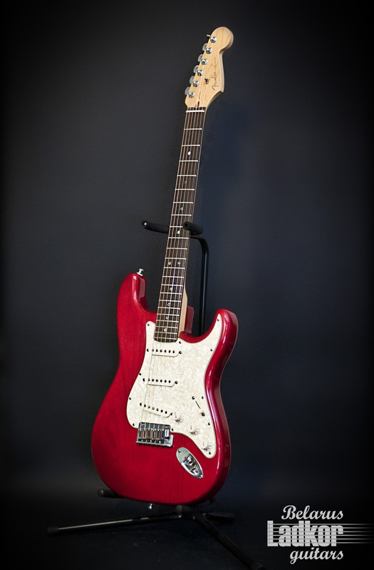 Fender American Stratocaster Deluxe (Red) (USA) (1999)