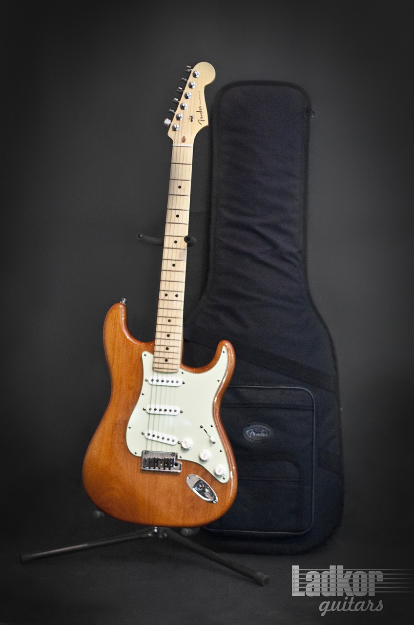 2013 Fender American Deluxe Stratocaster Natural Amber