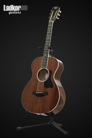2015 Taylor 522e 12-fret Grand Concert Acoustic - Electric NEW
