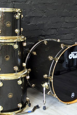 DW Collectors Maple Piano Black Shell Pack Drums