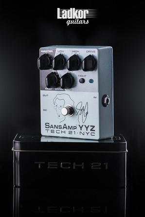 Tech 21 Geddy Lee YYZ Signature SansAmp